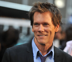 "Actor Kevin Bacon attends the ""X-Men: First Class"" New York Premiere at the Ziegfeld Theatre on May 25, 2011 in New York City."