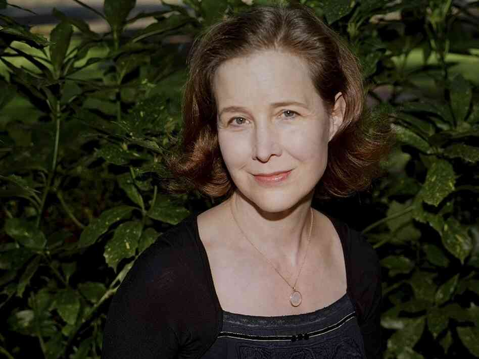 Ann Patchett lives in Nashville, Tenn. She is the author of five other novels and two works of nonfiction.