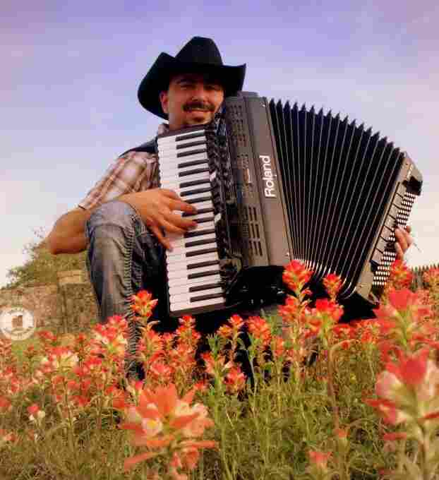 Chris Rybak with his Roland FR-7X digital accordion.