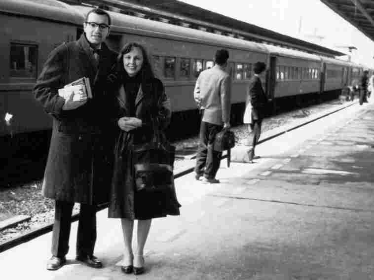 In 1962, Lifton and his wife, BJ, arrived in Hiroshima where Lifton studied the human consequences of nuclear weapons through conversations with survivors of the atomic bomb.