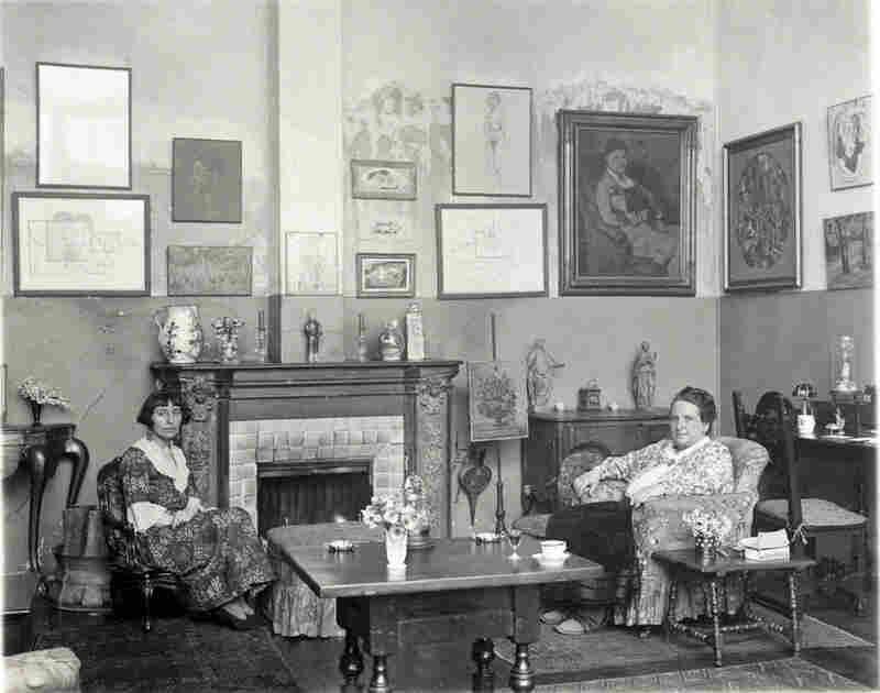 Gertrude Stein and Alice B. Toklas, 1922
