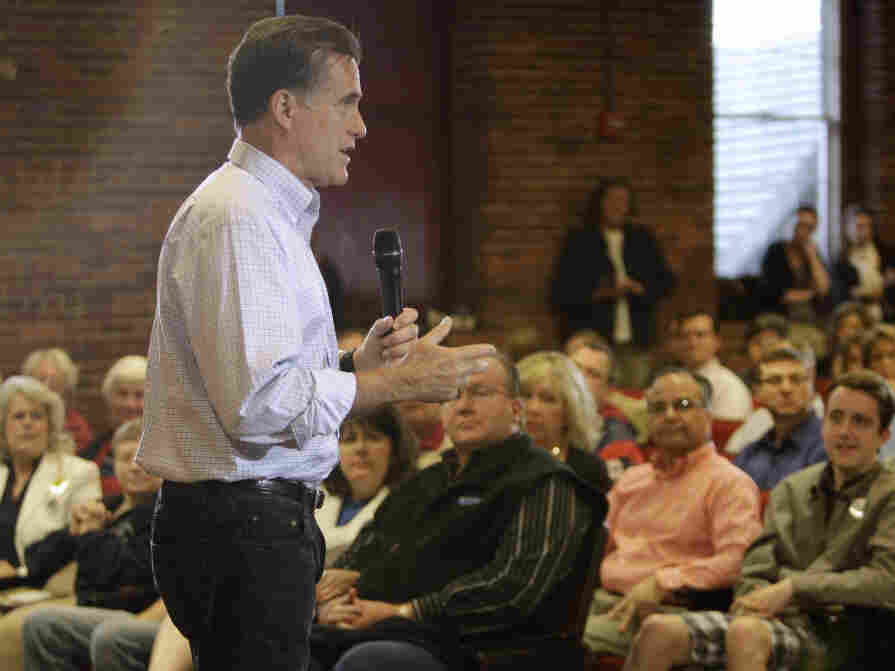 Mitt Romney at a town hall-style event at the University of New Hampshire in Manchester.