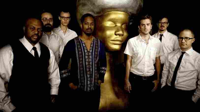 Black Joe Lewis & The Honeybears.