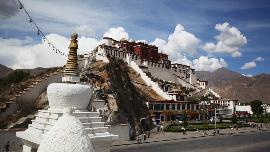 Clouds move over the Potala Palace in Tibet's Lhasa prefecture. (Feng Li/Getty Images)