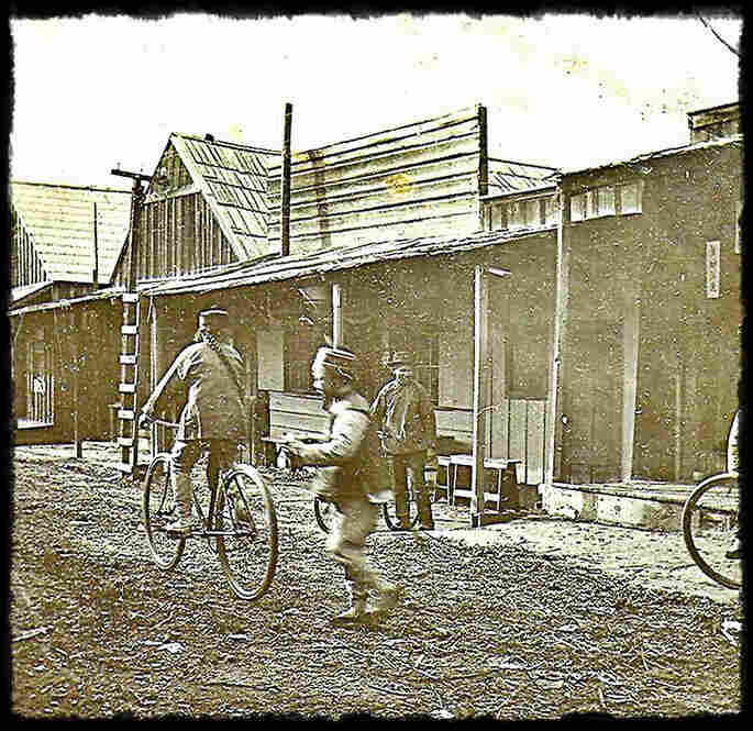 China Alley was once part of a bustling Chinatown in the San Joaquin Valley town of Hanford, Calif. Established by Chinese immigrants in 1877, the neighborhood peaked in the years before World War II.