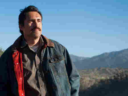 Demian Bichir stars in A Better Life as a Mexican immigrant living illegally in Los Angeles, trying to provide the best life he can for his son Luis (Jose Julian).
