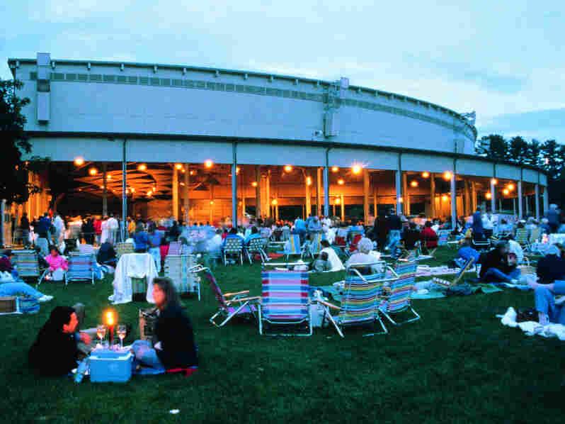 Tanglewood patrons enjoy music on a balmy evening.