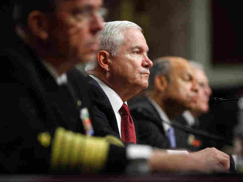U.S. Defense Secretary Robert Gates admitted Sunday that preliminary talks with members of the Taliban in an effort the end the war.