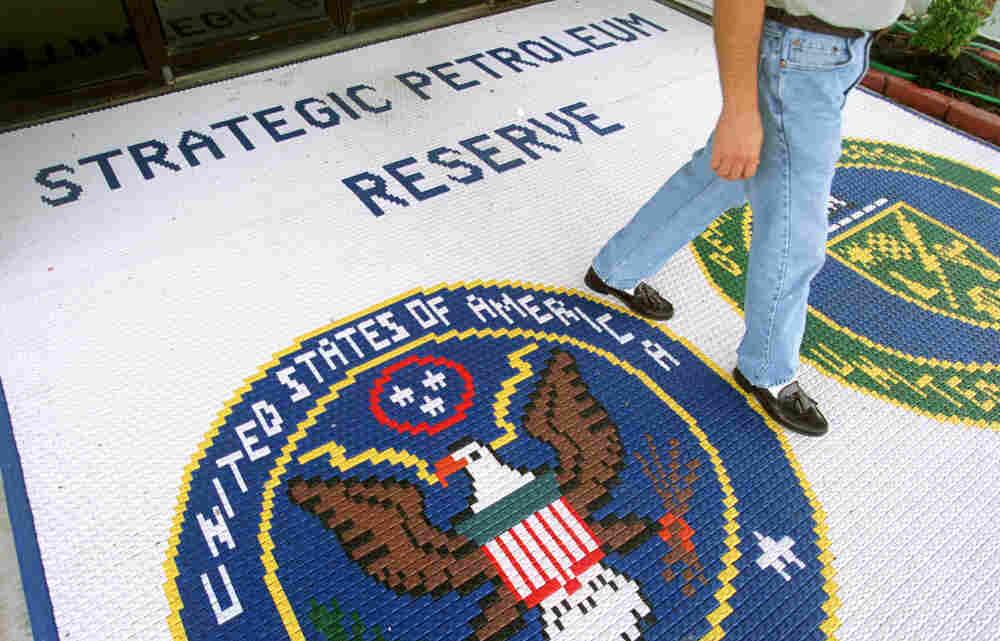 A floor mat at the Strategic Petroleum Reserve facility near Beumont, Tex., September 2000.