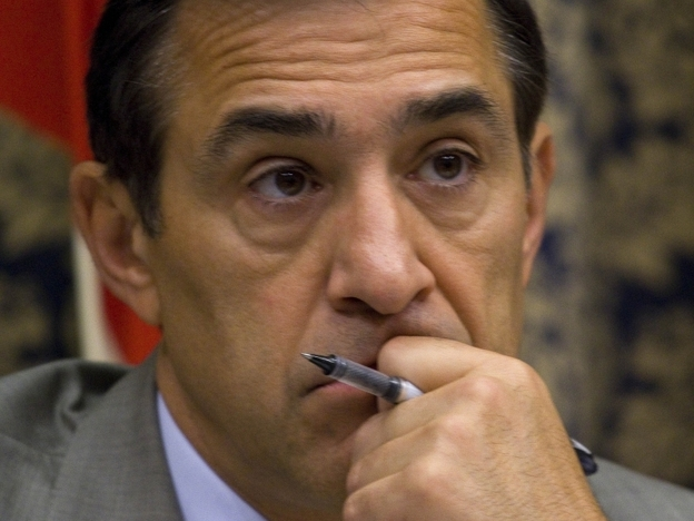 Rep. Darrell Issa and other Republicans in Congress are headed to Mexico on Friday to try to find more weapons purchased by straw buyers in the U.S.