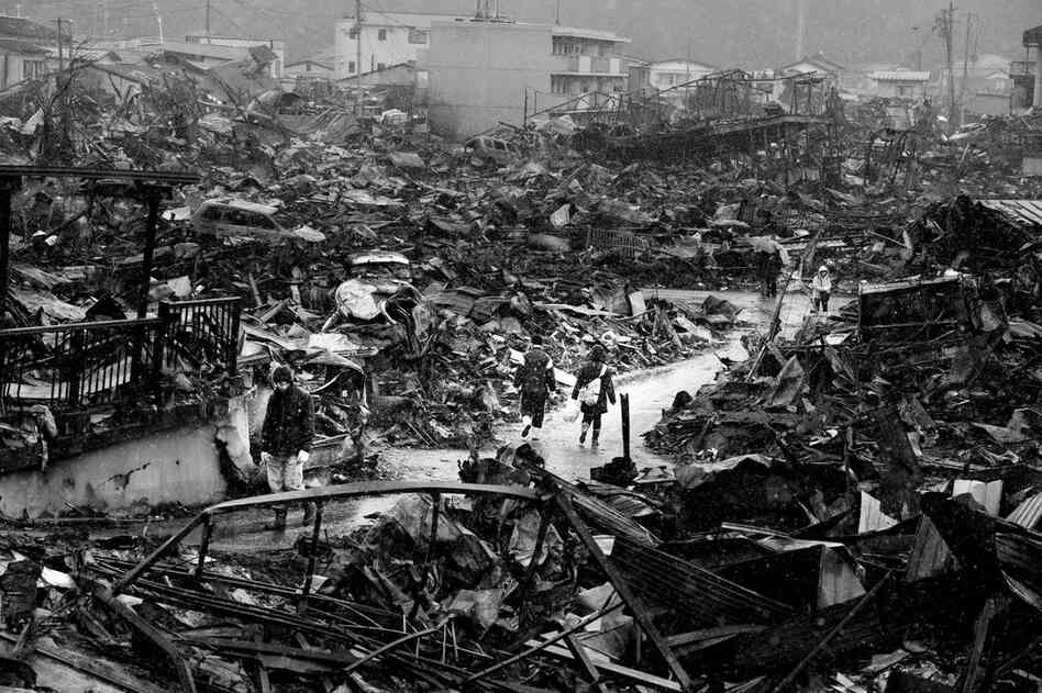 Japanese photojournalist Ryuichi Hirokawa has chronicled the aftermath of the tsunami and earthquake that rocked Japan in March. The town of Kesennuma in Miyagi prefecture was utterly devastated.