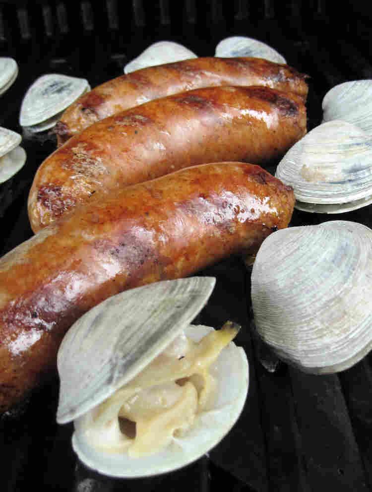 Grilled Clams And Chorizo (Curanto Al Disco)