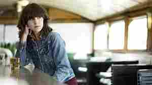 First Listen: Eleanor Friedberger, 'Last Summer'