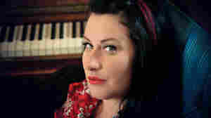 """Rooted in early-20th-century blues and jazz, Davina and the Vagabonds' """"lipstickandchrome"""" is freshened up with modern sass."""