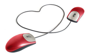 Two computer mice form a heart