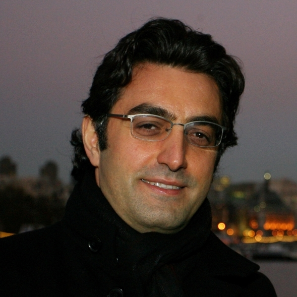 Maziar Bahari is a journalist and documentarian.