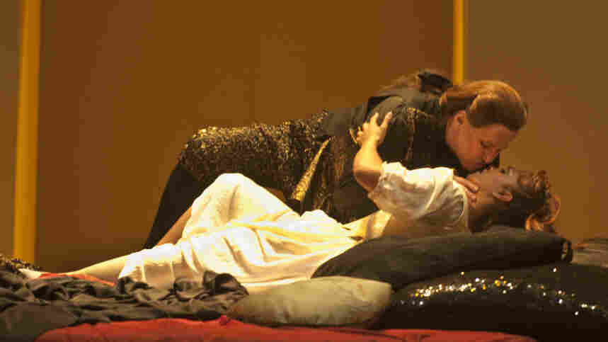 Richard Croft and Danielle de Niese star in Handel's 'Semele' at the Théâtre des Champs-Élysées.