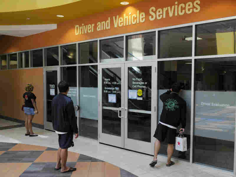 St. Paul's Driver and Vehicle Services Office stayed dark Friday.