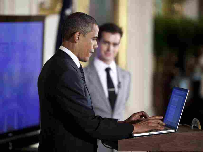 As Twitter co-founder Jack Dorsey looked on, President Obama sent the first presidential tweet at the start of the town hall.