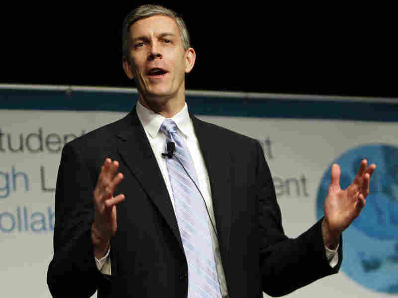 Secretary of Education Arne Duncan delivers his closing address at the Education Summit  in Denver on Feb. 16, 2011.