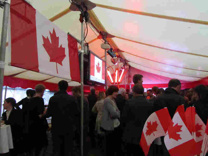 """""""Lido"""" held a Canada Day bash in association with the Embassy of Canada and Canadian Blast."""
