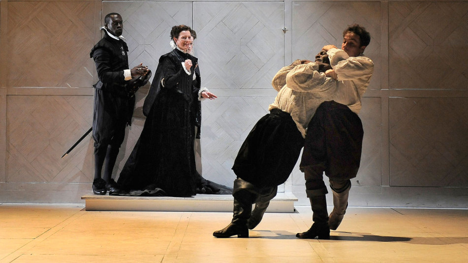 a review of the royal shakespeare companys production of hamlet With this production of hamlet, the rsc continues their attempts at modernizing shakespeare's canon in the rsc's approach, everything in shakespeare is up for change, whether it is the text, setting, plot, location, characters.