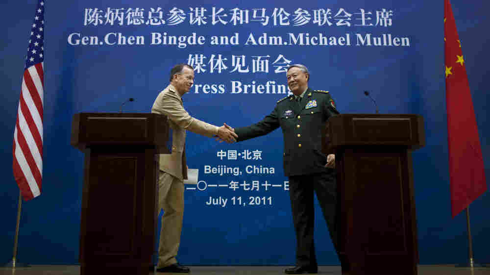 Adm. Mike Mullen, chairman of the Joint Chiefs of Staff, shakes hands with Gen. Chen Bingde, chief of the General Staff of the Chinese People's Liberation Army, after a press conference in Beijing.