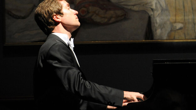 Nikolai Lugansky carries on the tradition of the grand Russian pianist.