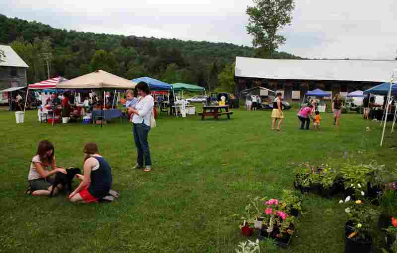 The Hardwick farmers market recently moved from the side of a busy road to an open field in the middle of a neighborhood.