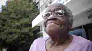 Rosa Hendrix, 88, leaves a nursing home in Atlanta after six years. She has won the right to live in her own apartment.