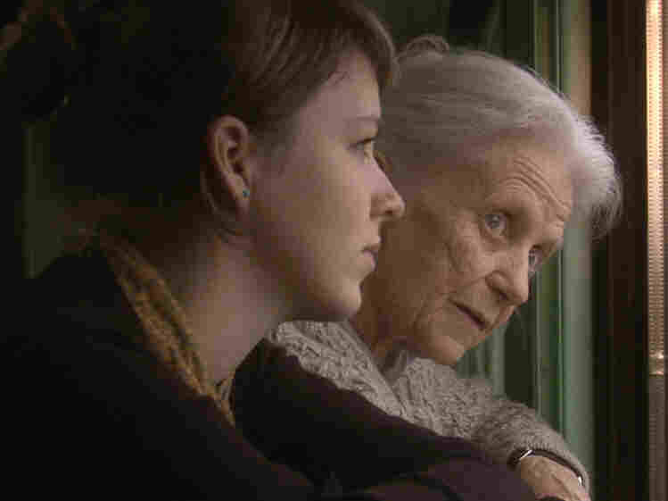The film follows Geier on her first journey to Ukraine since 1943, but her fading memory proves a difficult obstacle. Her granddaughter Anna Gotte (left) comes along for the ride.