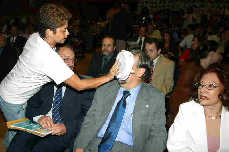 Brazilian political figures seem to be particular targets of pie throwers. Labor Minister Ricardo Berzoini received a pie to the face during an event for the Ceara State Federation of Industries in Fortaleza, Brazil, in 2004.