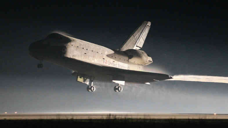 Space Shuttle Atlantis lands at Kennedy Space Center July 21, 2011 in Cape Canaveral, Florida.