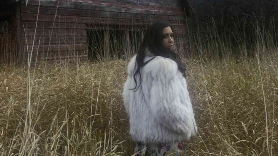 Vanessa Carlton's new album, Rabbits on the Run, comes out July 26.