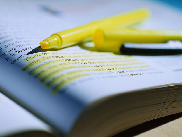 With the advent of e-textbooks come challenges — like keeping highlighted notes intact.