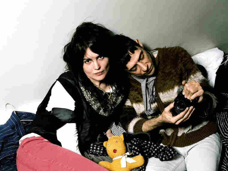 """The Kills' """"DNA"""" is fuzzy and catchy, but not all that sweet — just the way garage rock should be."""