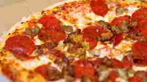 Pizza Joint Stays Busy As Debt Debate Drags On