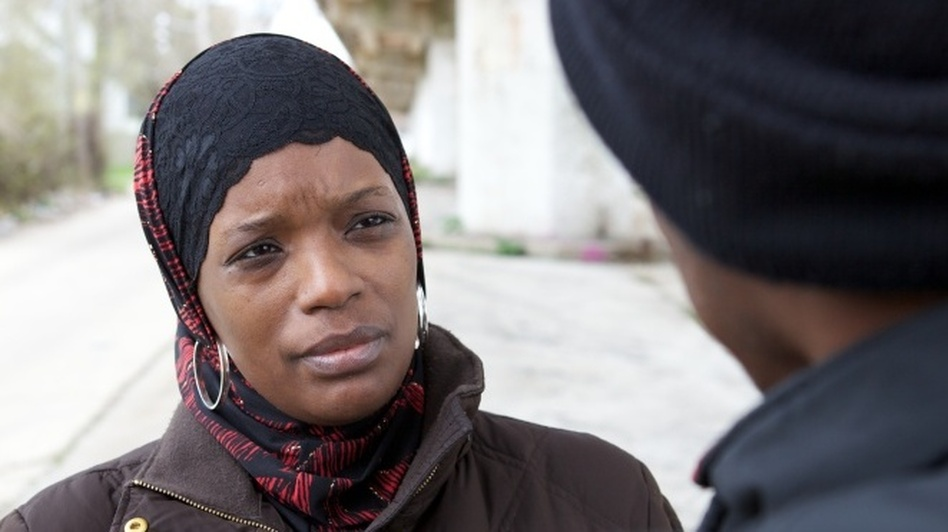 Ameena Matthews, a violence interrupter with the Chicago organization CeaseFire, mediates disputes to prevent gang violence from escalating. (Kartemquin Films)