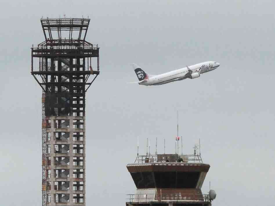 Construction crews working on a new FAA air traffic control tower at Oakland International Airport were told last Friday to stop working after the U.S. House of Representatives refused to reaut