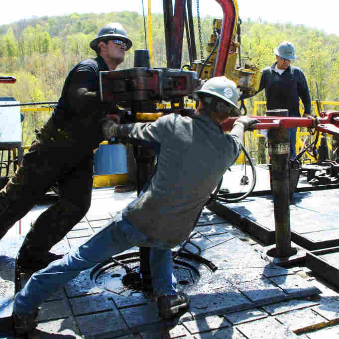 As Natural Gas Fracking Expands, Water  Worries Mount