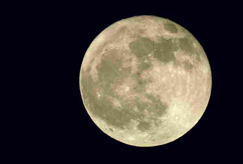 Will a full moon induce your labor? Our experts think it's just a coincidence.