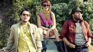 Los Hollywood, a Southern California band whose bilingual power pop has us entranced.