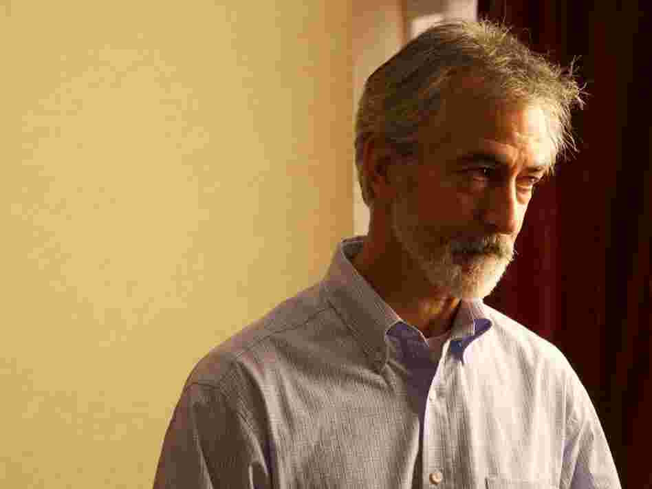 David Strathairn plays internal affairs investigator Peter Ward. The bureaucracy Kathryn meets on her crusade is by and large either unhelpful or antagonistic to her pleas.