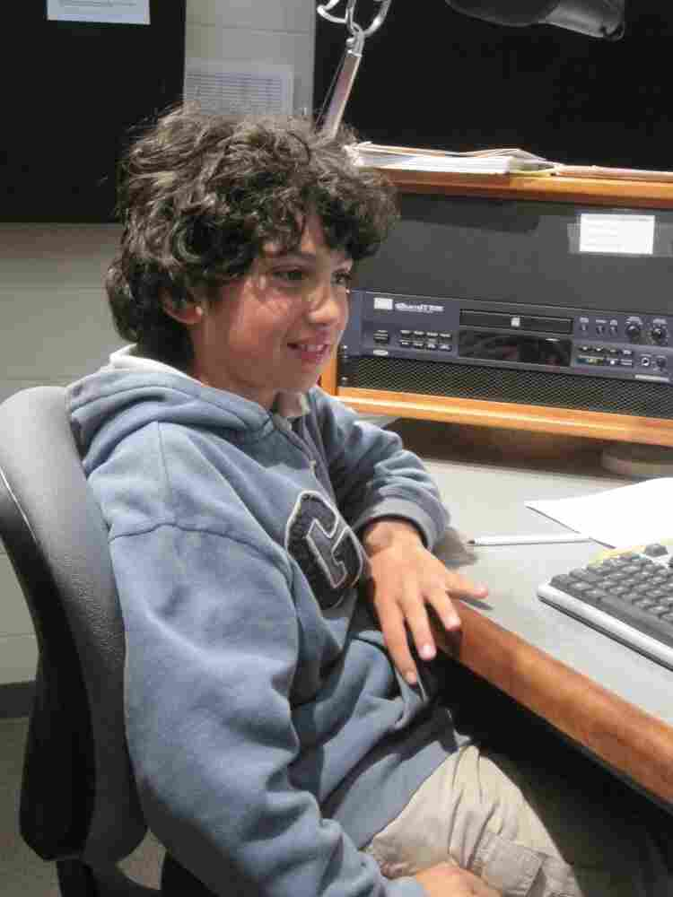 During the tour Caetano got to learn how the audio control board works.