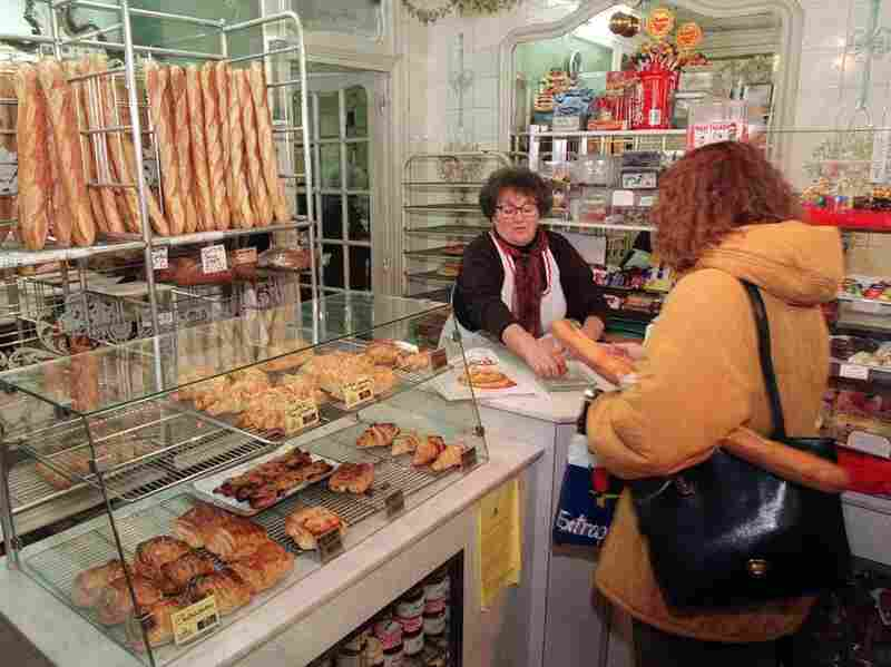 Obesity rates are rising in France, but how the French are eating is seen as more influential than what they eat.