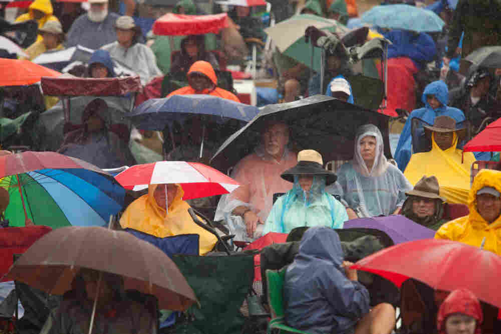 The crowd at the Fort Stage on Sunday of the 2011 Newport Jazz Festival.