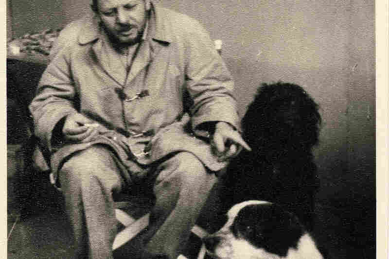 Jackson Pollock with his dogs Gyp and Ahab, circa 1955