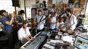 Edward Sharpe & The Magnetic Zeros perform a Tiny