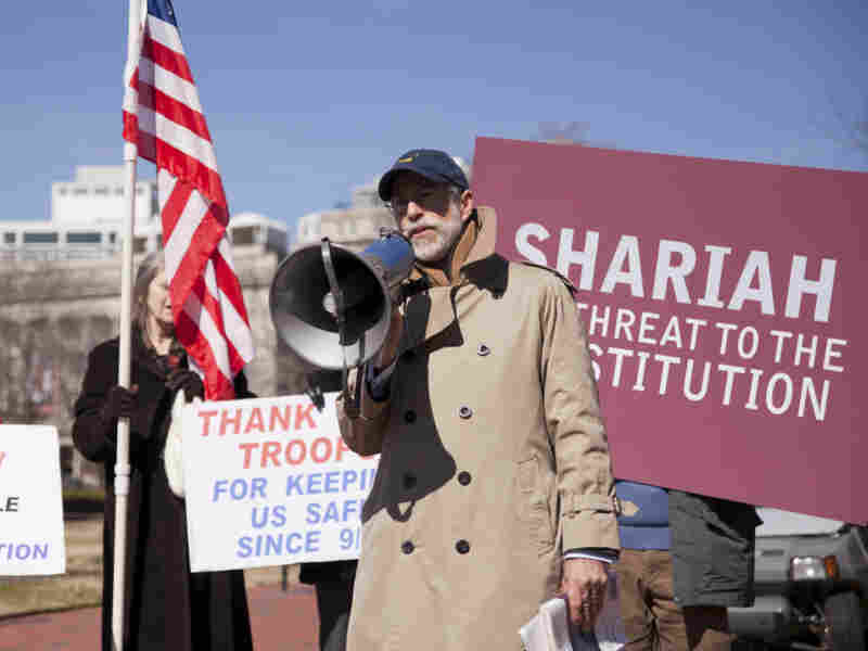 Protestors outside the White House rally against Shariah law. More than two dozen states have recently proposed legislation to ban Shariah law in their courtrooms.