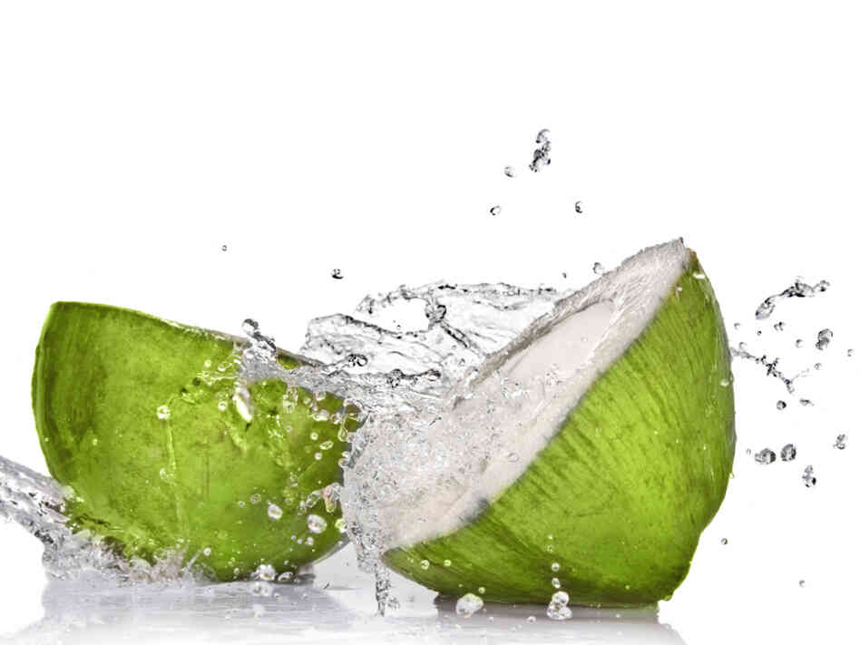 coconut-water-6f51be99d73fb9aacd1358747a